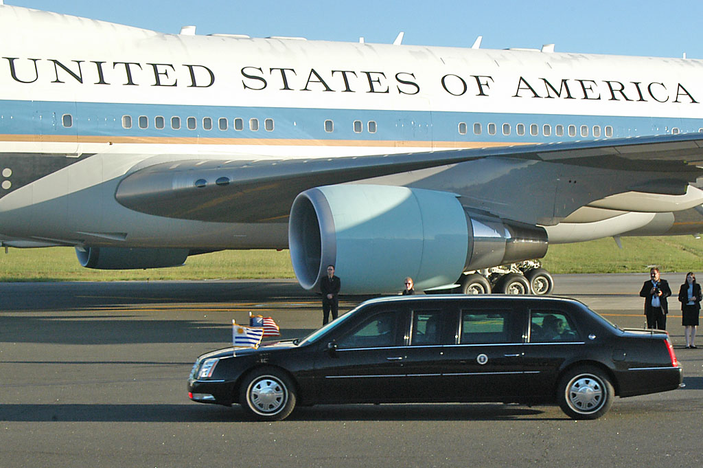 7 Incredible Facts About The President S Limo Mrctv